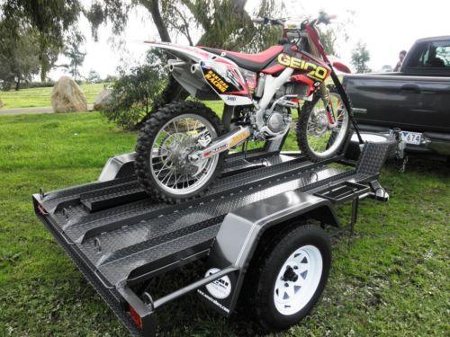 Прицеп лафет для перевозки мотоцикла