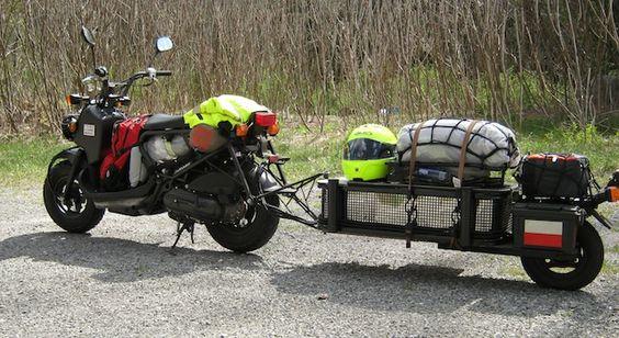 Крепление прицепа за ось колеса мотоцикла